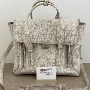 Designer Handbag. Never been used